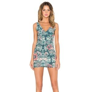 Vacation 🍹 NWOT Floral Mini Dress